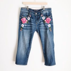 DRIFTWOOD Floral Embroidered Capri Jeans 30